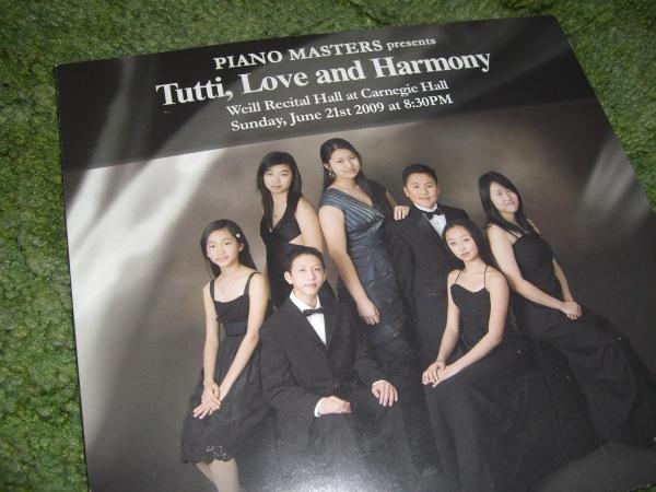tutti love and harmony